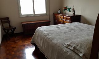 Santo André: Apartamento Reformado 3 Dormitórios 104 m² no Centro de Santo André. Sala ampla 2 ambientes, copa/cozinha, área de serviço com wc, 3 dormitórios sendo 1 com armários embutidos. Prédio de 8 andares, 2  6