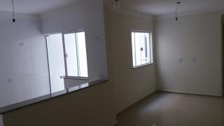 Apartamento Sem Condomínio 2 Dormitórios 64 m² em Santo André - Vila Pires.