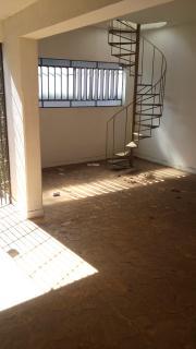 Casa em Cachoeiro de Itapemirim ES, 4 quartos, 2 suítes, 300m2, Sol da manhã, frente, armários embutidos, 3 vagas de garagem