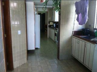 Vitória: Apartamento em Praia do Canto ES, 4 quartos, 4 suítes, 200m2, Sol da manhã, frente, armários embutidos, varanda, 3 vagas de garagem, elevador, piscina, salão de festas 13