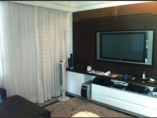 Vitória: Apartamento em Praia do Canto ES, 4 quartos, 4 suítes, 200m2, Sol da manhã, frente, armários embutidos, varanda, 3 vagas de garagem, elevador, piscina, salão de festas 6