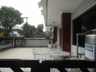 São Vicente: Apartamento 2 dormitorios, suite + dep. empregada 3
