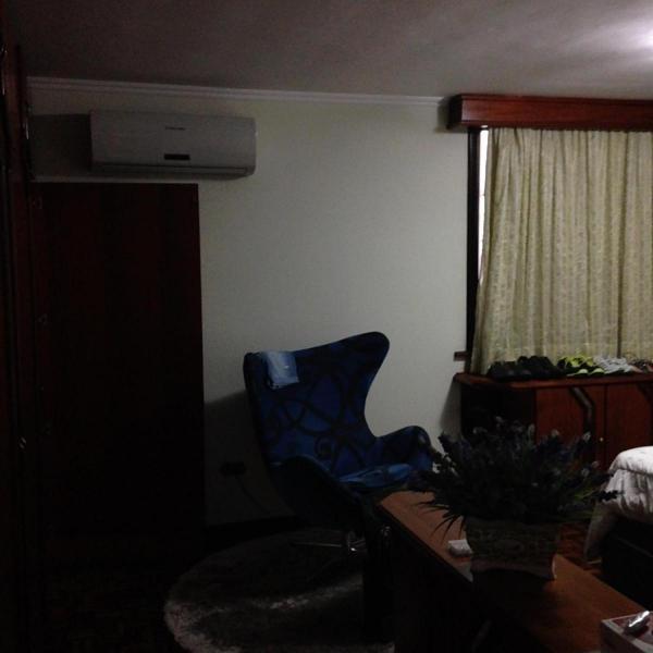 Curitiba: Residência no Seminário - Ref 306R 4