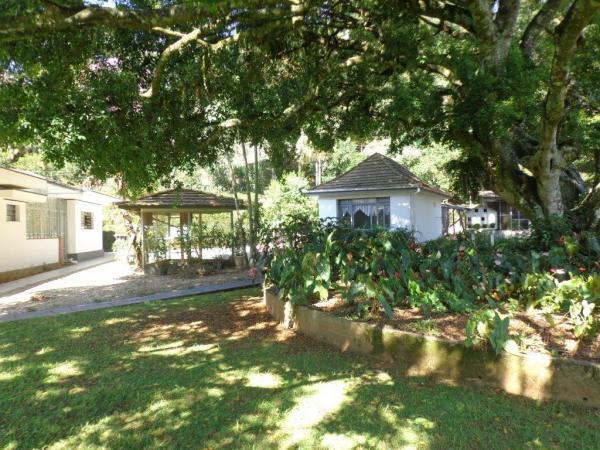 São Paulo: Duas Casas Alto Padrão e Terreno de 260 mil m2 em Blumenau 12