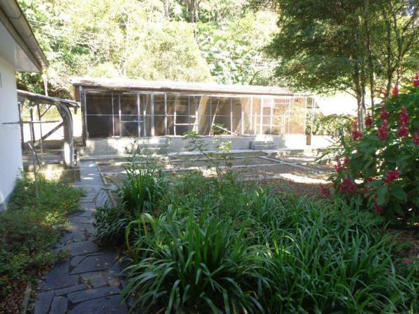 São Paulo: Duas Casas Alto Padrão e Terreno de 260 mil m2 em Blumenau 14