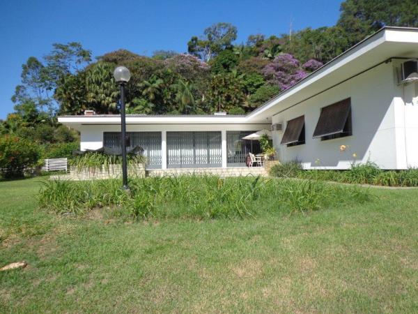 São Paulo: Duas Casas Alto Padrão e Terreno de 260 mil m2 em Blumenau 1