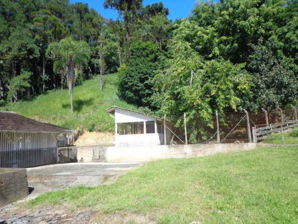 São Paulo: Duas Casas Alto Padrão e Terreno de 260 mil m2 em Blumenau 21