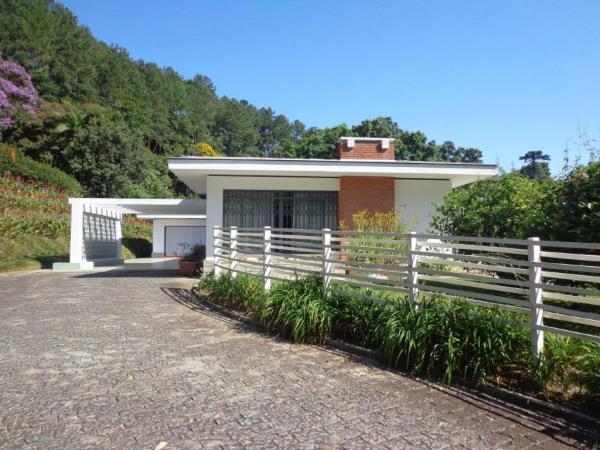 São Paulo: Duas Casas Alto Padrão e Terreno de 260 mil m2 em Blumenau 2