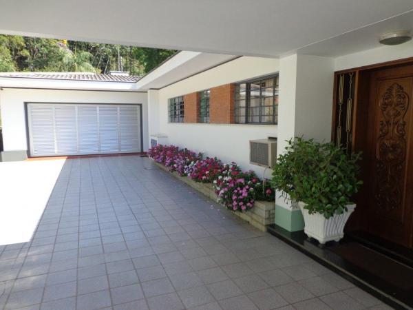 São Paulo: Duas Casas Alto Padrão e Terreno de 260 mil m2 em Blumenau 9