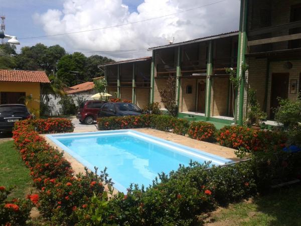 São Paulo: Condomínio com 15 apartamentos e 1 cobertura em Ponta Negra 1