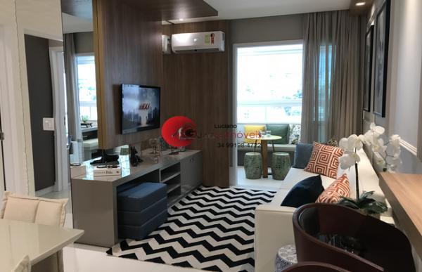 Uberlândia: Apartamento club 7