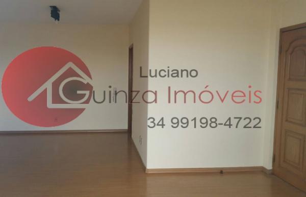 Uberlândia: Vendo apartamento bairro aparecida 2
