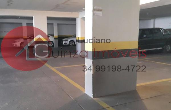 Uberlândia: Vendo apartamento bairro aparecida 4