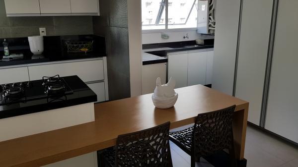 São Paulo: Apartamento com 137 m2 em Pinheiros 21