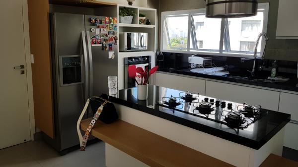 São Paulo: Apartamento com 137 m2 em Pinheiros 22