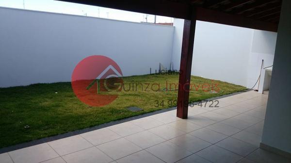 Uberlândia: Vendo casa no bairro Jardim Brasilia 9
