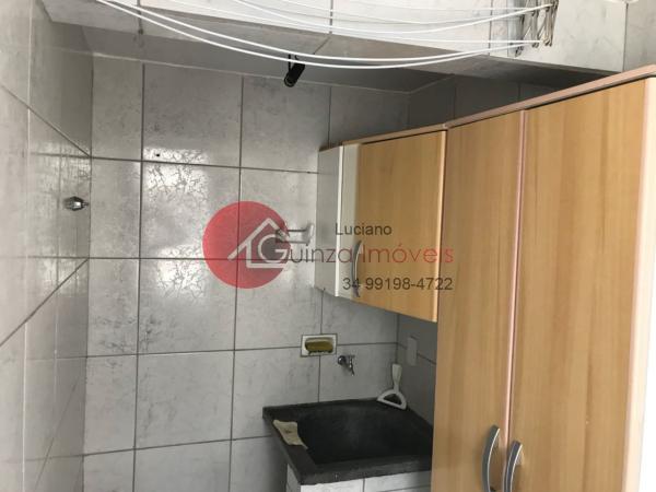 Uberlândia: Apartamento bairro alto umuarama 16