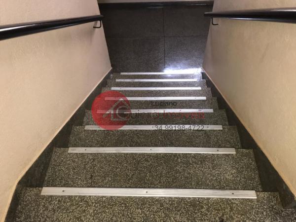 Uberlândia: Apartamento bairro alto umuarama 4