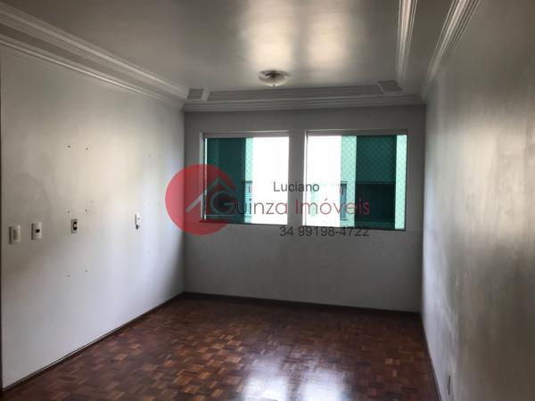 Uberlândia: Apartamento bairro alto umuarama 6