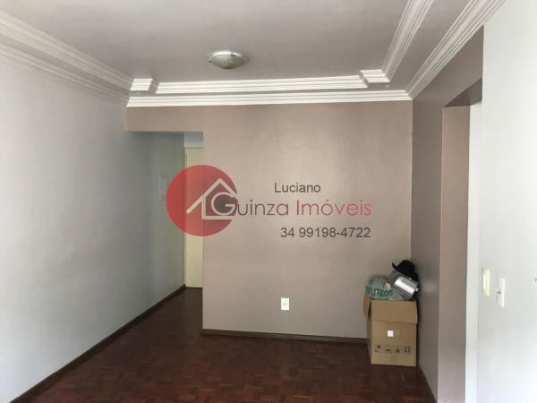 Uberlândia: Apartamento bairro alto umuarama 7
