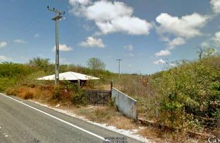 Fortaleza: Fazenda 284 ha com frente para CE040 e Estrada de Itapeim 9