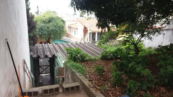 Santo André: Terreno 400 m² com Construção Antiga em Santo André - Bairro Santa Maria. 3