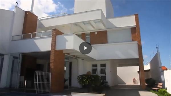 São Paulo: Residência de Alto Padrão em Florianopolis 1