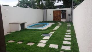 Rio de Janeiro: Vendo Belíssima casa com 2 quartos sendo uma suíte, piscina e churrasqueira 1