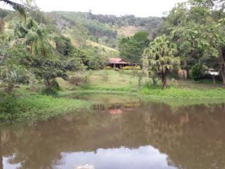 Biritiba-Mirim: Lindo Sitio com ótima topografia e e frente para o asfalto 1