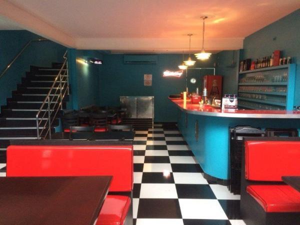 Santo André: Restaurante e Bar Temático 210 m² no Bairro Jardim - Santo André. 1