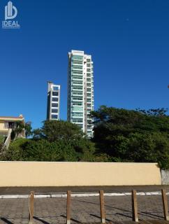 Piçarras: Apartamento frente mar em Balneário Piçarras. 2