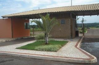 Goiânia: casa   no condominio villagio de Baiochi 4