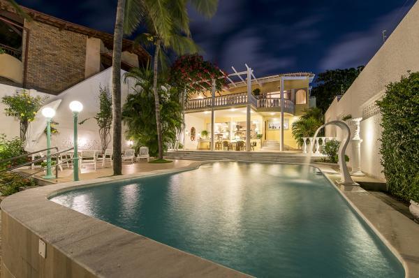 São Paulo: Casa e Villa alto padrão com 4 Suites na praia de Ponta Negra 10