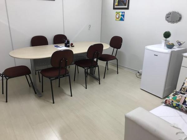Santo André: Alugo / Compartilho Sala Comercial no Centro de Santo André, Próximo ao Fórum.  2