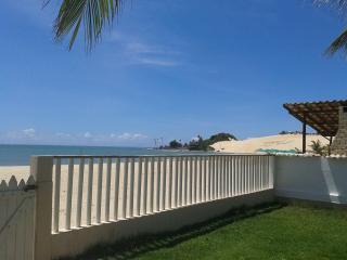 Extremoz: Casa, Genipabu, Beira Mar, 230m2 , 4 Quartos, Piscina, Churrasqueira, Escritura Pública. 3
