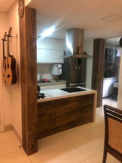 Vitória: Apartamento para venda em Jardim da Penha ES, 2 quartos, 2 suítes, 70m2, frente, armários embutidos, 1 vaga de garagem, próximo da praia 5