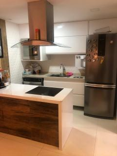 Vitória: Apartamento para venda em Jardim da Penha ES, 2 quartos, 2 suítes, 70m2, frente, armários embutidos, 1 vaga de garagem, próximo da praia 7