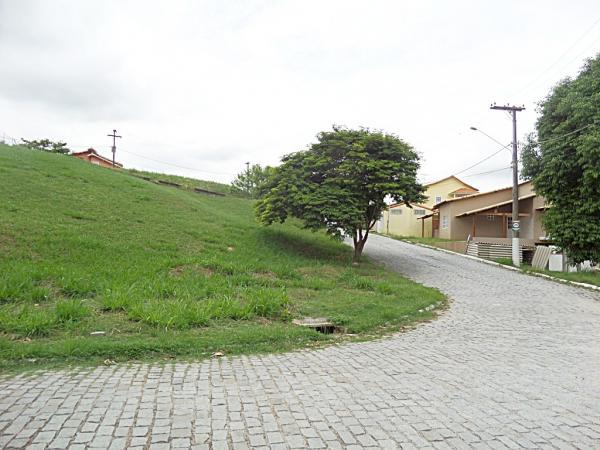 Maricá: Terreno De Esquina No Condomínio Helena Varella 1, Infra Estrutura, Transporte Na Porta Em Maricá. 6