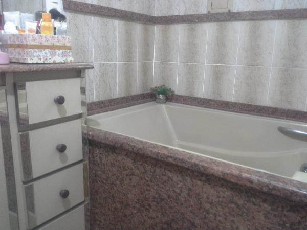 Vitória: Apartamento para venda em Jardim da Penha ES, 4 quartos, suíte, 200m2, Sol da manhã, frente, armários embutidos, 2 vagas de garagem 24