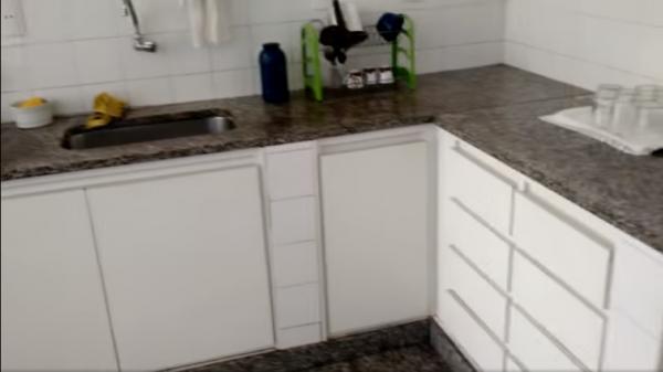 Vitória: Casa em Cachoeiro de Itapemirim ES, 4 quartos, suíte, 270m2, Sol da manhã, frente, armário embutidos, 5 vagas de garagem, piscina 12