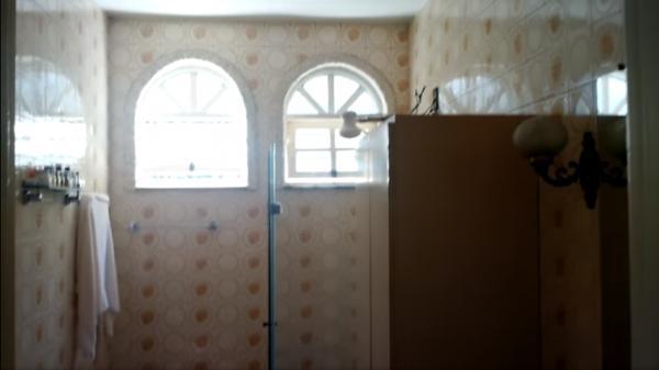 Vitória: Casa em Cachoeiro de Itapemirim ES, 4 quartos, suíte, 270m2, Sol da manhã, frente, armário embutidos, 5 vagas de garagem, piscina 15