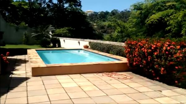 Vitória: Casa em Cachoeiro de Itapemirim ES, 4 quartos, suíte, 270m2, Sol da manhã, frente, armário embutidos, 5 vagas de garagem, piscina 1