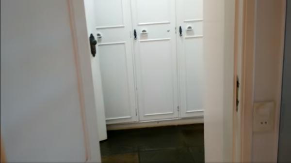 Vitória: Casa em Cachoeiro de Itapemirim ES, 4 quartos, suíte, 270m2, Sol da manhã, frente, armário embutidos, 5 vagas de garagem, piscina 24