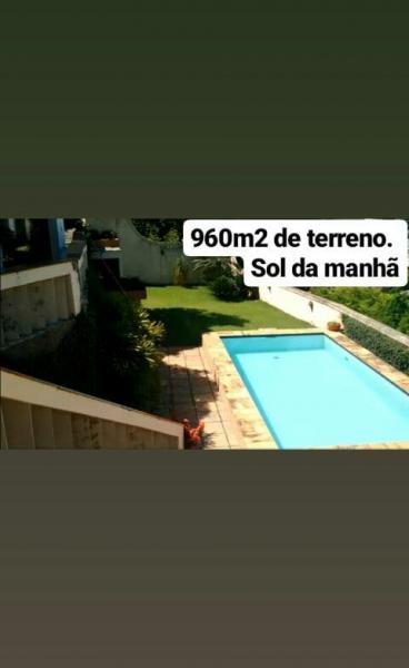 Vitória: Casa em Cachoeiro de Itapemirim ES, 4 quartos, suíte, 270m2, Sol da manhã, frente, armário embutidos, 5 vagas de garagem, piscina 27
