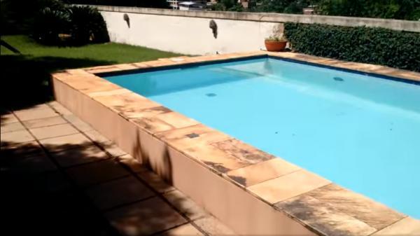 Vitória: Casa em Cachoeiro de Itapemirim ES, 4 quartos, suíte, 270m2, Sol da manhã, frente, armário embutidos, 5 vagas de garagem, piscina 28