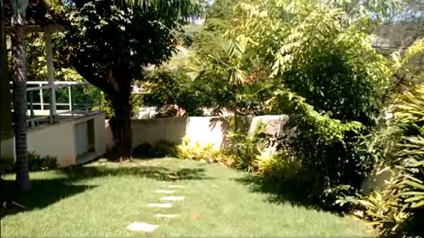 Vitória: Casa em Cachoeiro de Itapemirim ES, 4 quartos, suíte, 270m2, Sol da manhã, frente, armário embutidos, 5 vagas de garagem, piscina 2