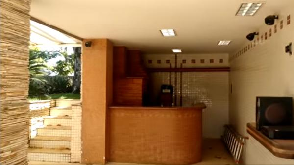 Vitória: Casa em Cachoeiro de Itapemirim ES, 4 quartos, suíte, 270m2, Sol da manhã, frente, armário embutidos, 5 vagas de garagem, piscina 33