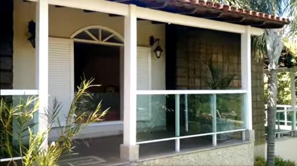 Vitória: Casa em Cachoeiro de Itapemirim ES, 4 quartos, suíte, 270m2, Sol da manhã, frente, armário embutidos, 5 vagas de garagem, piscina 5