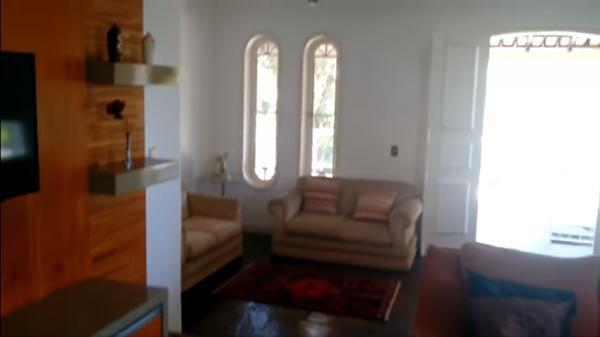 Vitória: Casa em Cachoeiro de Itapemirim ES, 4 quartos, suíte, 270m2, Sol da manhã, frente, armário embutidos, 5 vagas de garagem, piscina 6