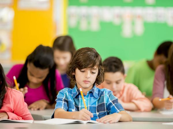 Santo André: Escola Infantil em Santo André. Ótima localização! R$ 150.000,00 1